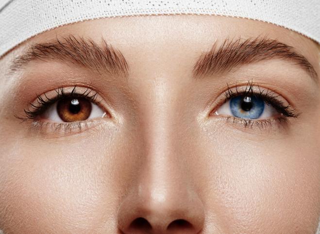 Cambiare colore degli occhi