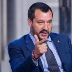 Discorso epocale di Salvini contro gli europeisti delle banche