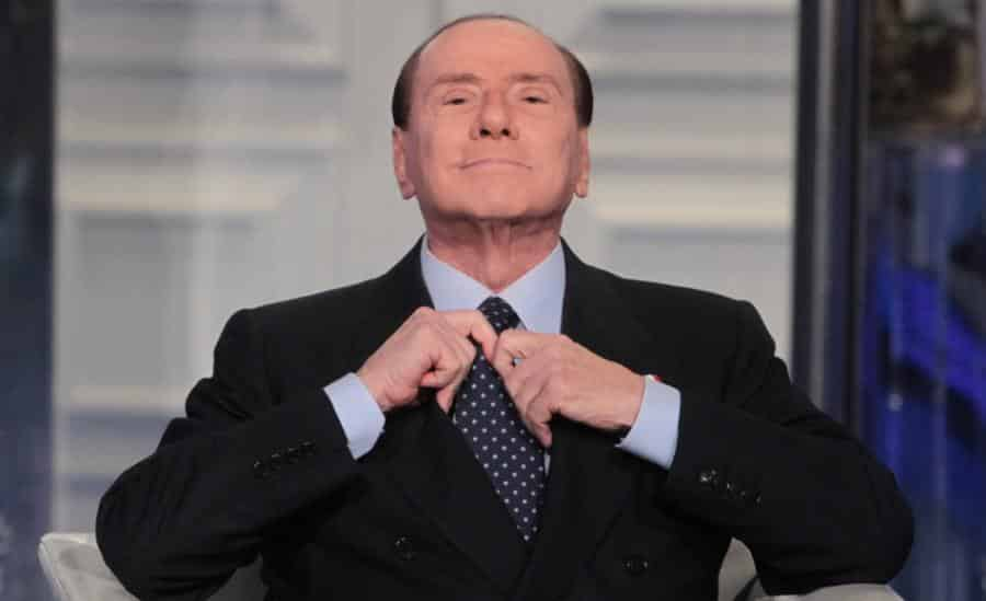 Berlusconi pronto ad andare al Governo con Salvini e gli ex M5S