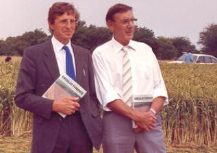 I due ingegneri Colin Andrews e Pat Delgado