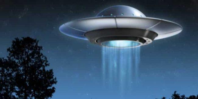 Avvistamenti UFO, stavolta Carabinieri e Areonautica a lavoro per risolvere il mistero