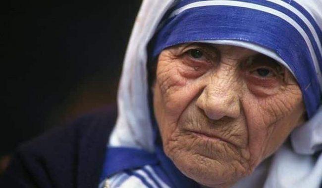 Il lato oscuro di Madre Teresa di Calcutta, quello che molti non sanno