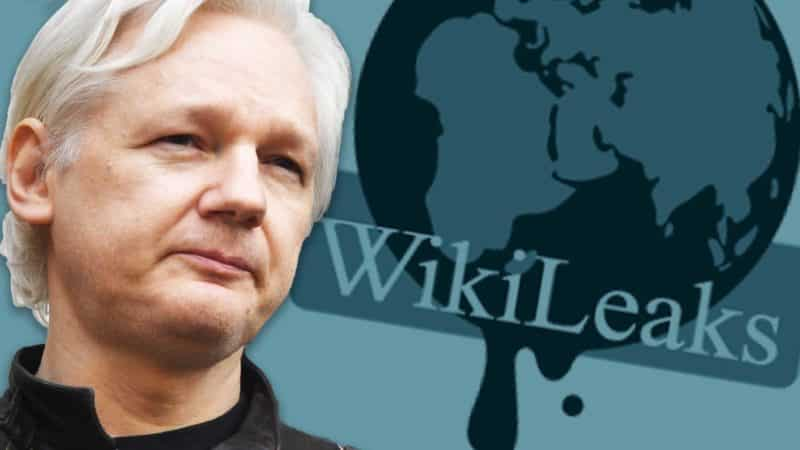 Julian Assange, fondatore di Wikileaks, è stato arrestato