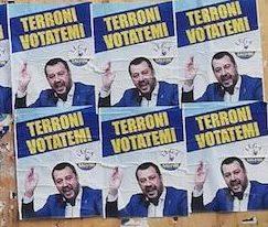 manifesti abusivi contro Salvini