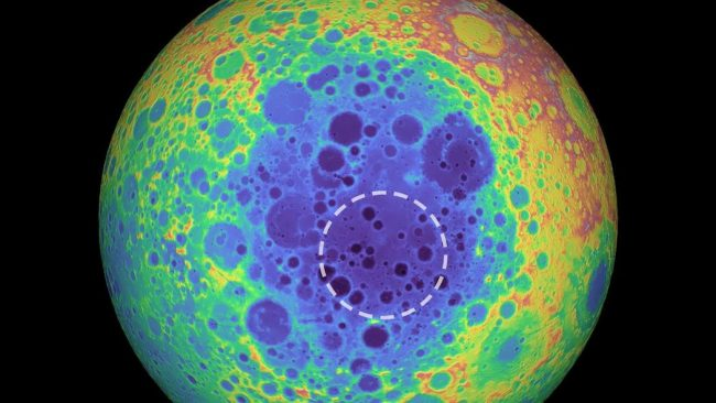 Scoperta un'anomalia metallica sotto il più grande cratere lunare