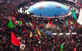 Iran, centinaia di migliaia in strada a Teheran per i funerali di Soleimani.