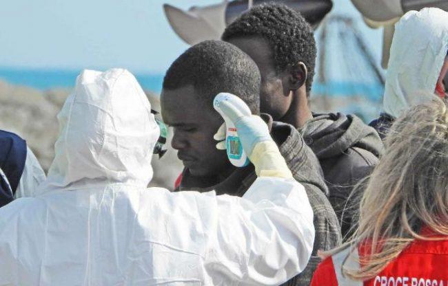 Migranti e Ong spariscono dalla scena, causa il coronavirus