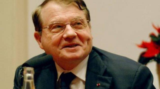 Luc Montagnier premio nobel 2008, il virus è stato modificato in laboratorio